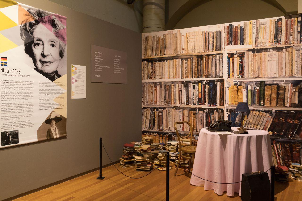 Recreación de la biblioteca de Nelly Sachs, Premio Nobel de Literatura.