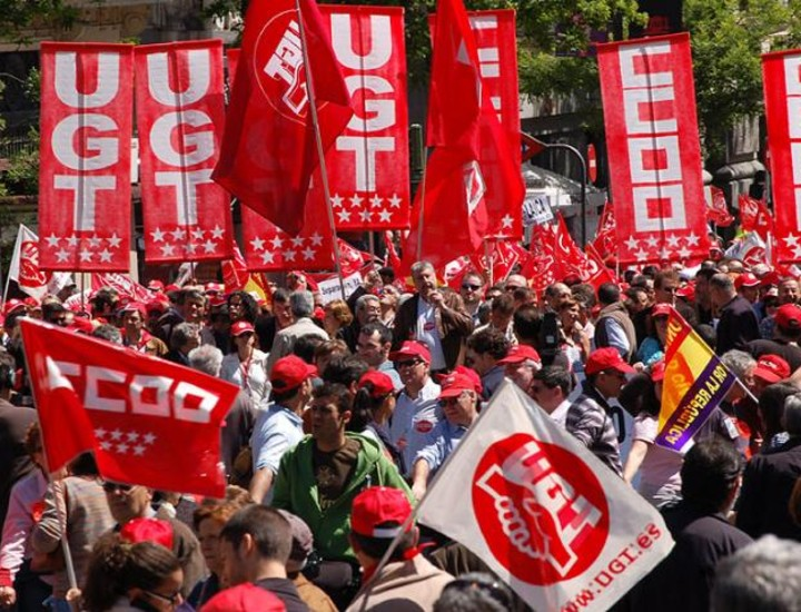 Este jueves se han celebrado hasta cinco manifestaciones con motivo del Día del Trabajo. CCOO y UGT han pedido ante miles de personas que habían acudido a la cita que no se resientan los salarios ni los derechos de los trabajadores por la desaceleración económica.