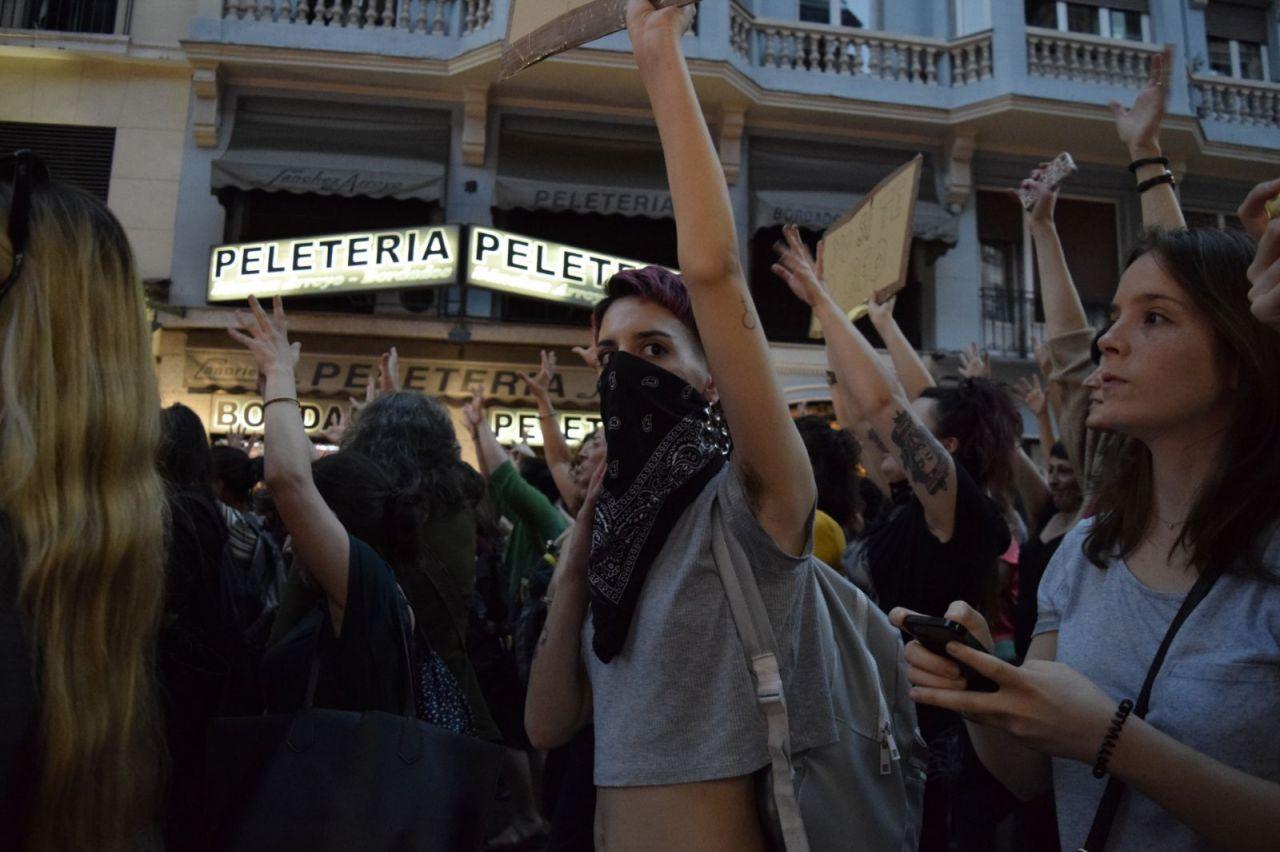 Cientos de personas se manifiestan en Madrid para protestar por la condena a La Manada.