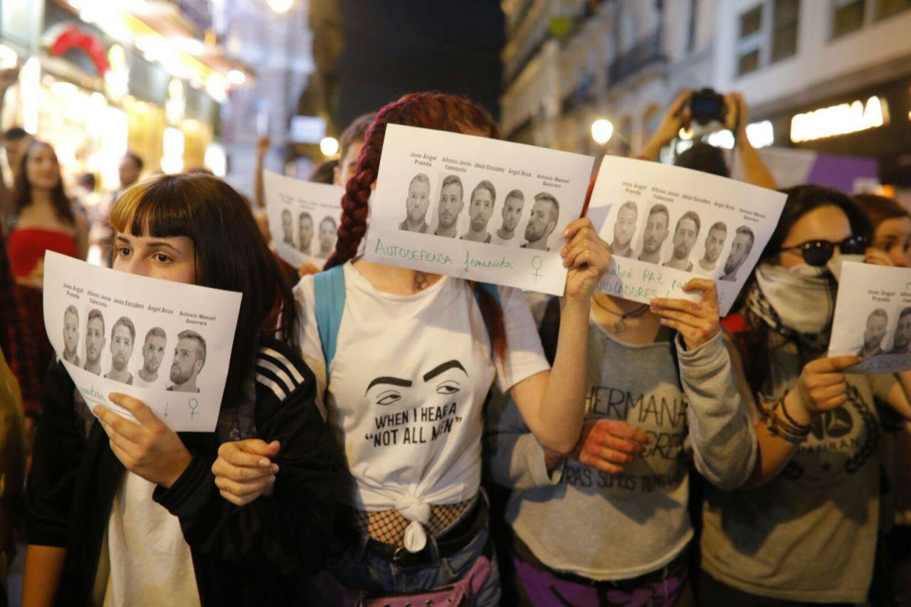 Cientos de personas se manifiestan en Madrid para pedir