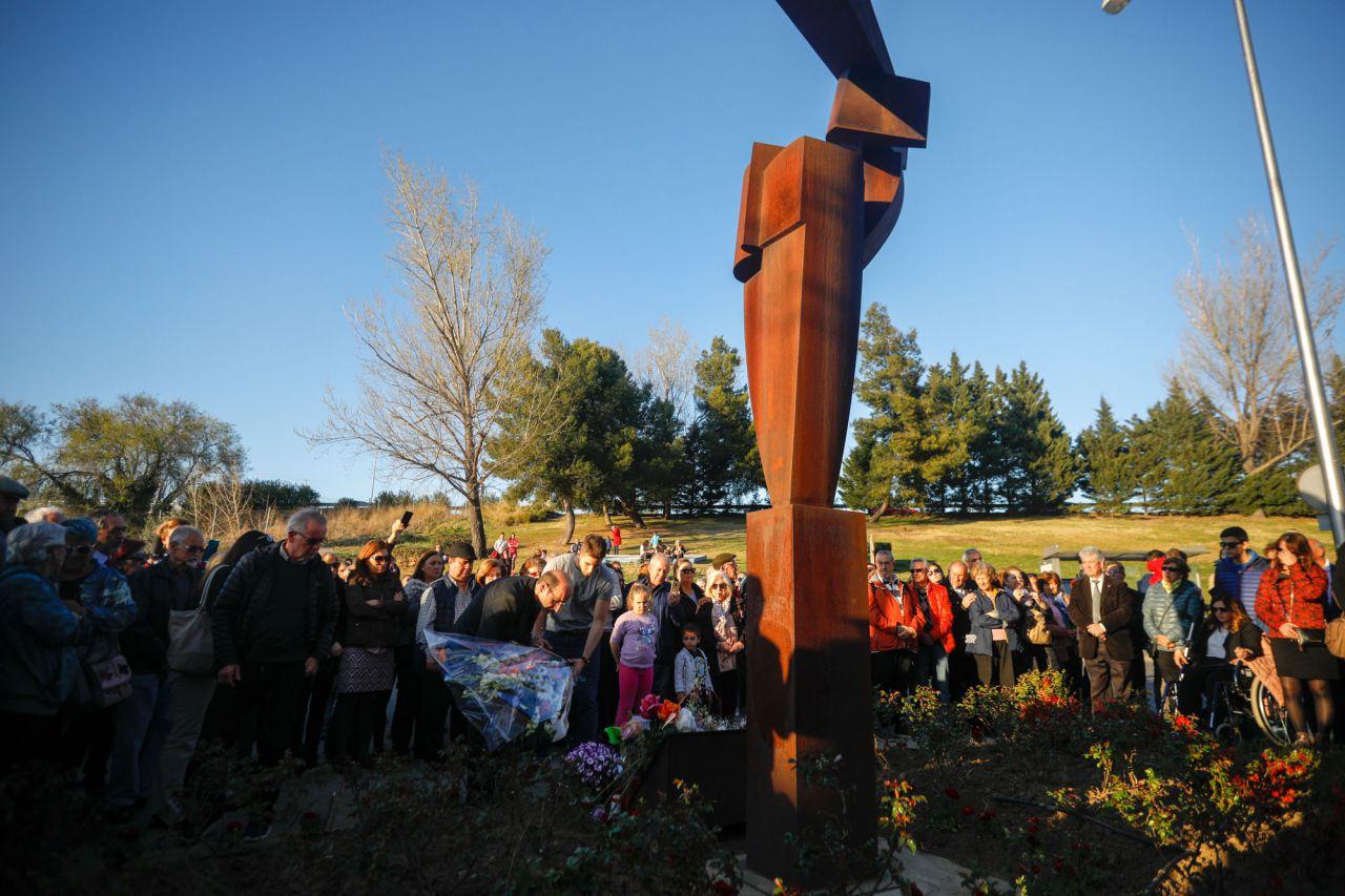 Acto en homenaje a las víctimas de los atentados del 11M en la estación de Santa Eugenia