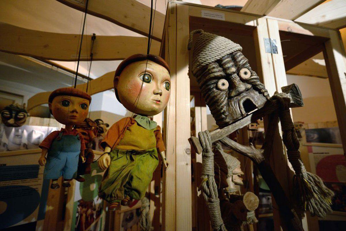 Exposición de títeres #Pimprlárium del Teatro de Marionetas de Ostrava.