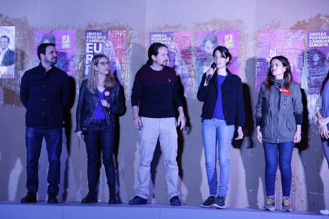 Pablo Iglesias, Alberto Garzón, Isa Serra, María Eugenia Rodríguez Palop y Sira Rego. También estaban Sol Sánchez y Gema Gil.