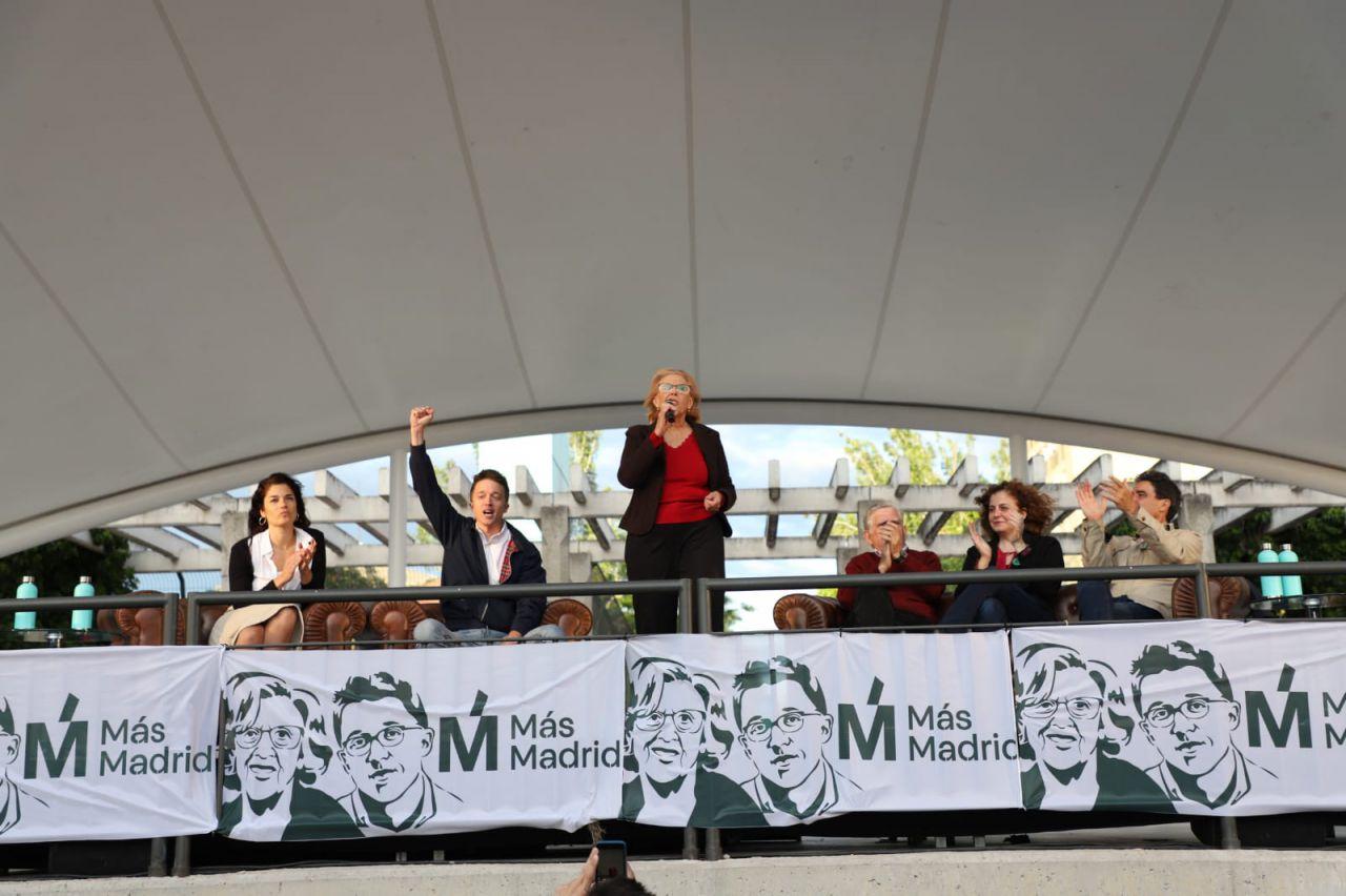 La alcaldesa de Madrid toma la palabra.