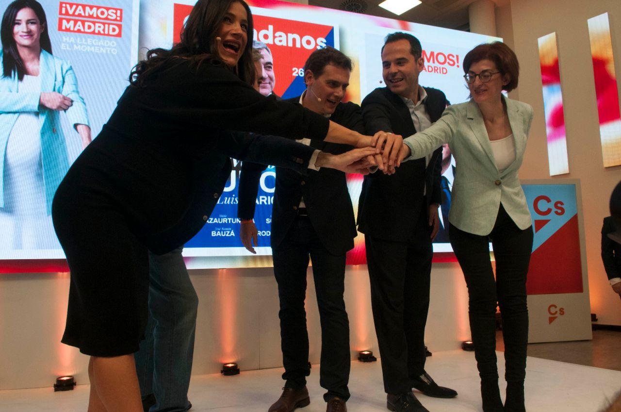 Albert Rivera ha arropado a Begoña Villacís, Ignacio Aguado y Luis Garicano en el acto.