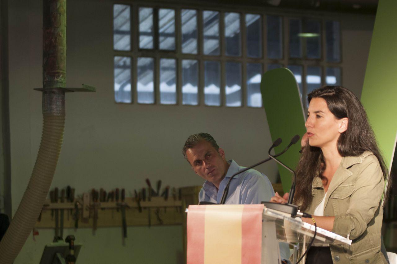 Los candidatos de Vox a la Alcaldía y Comunidad, Javier Ortega Smith y Rocío Monasterio, han compartido las líneas maestras de su programa.
