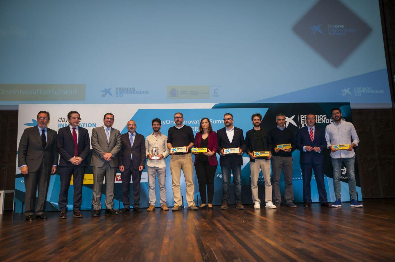 Los galardonados con los Premios EmprendedorXXI.