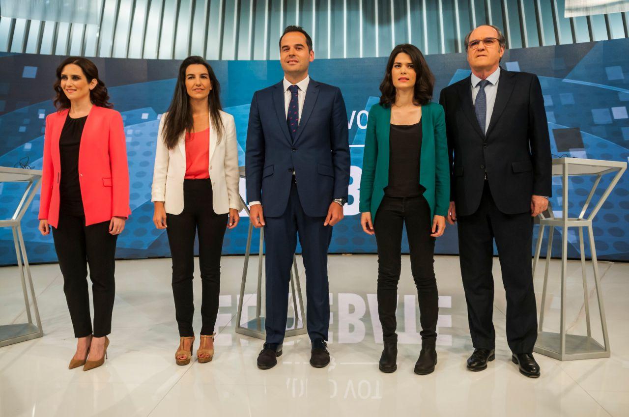 Los cinco candidatos a la presidencia de la Comunidad que participan en el debate. La gran ausencia: la de Íñigo Errejón.