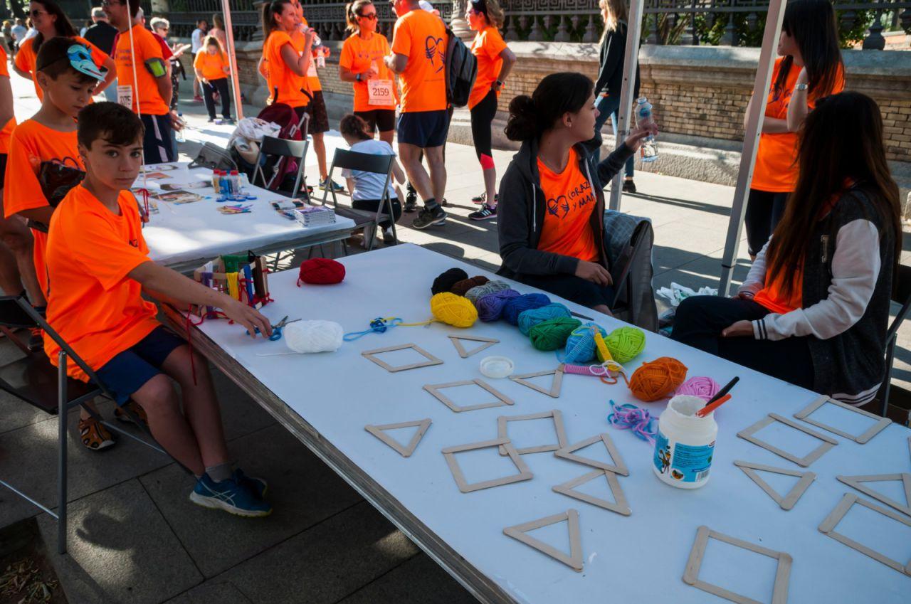 La asociación Corazón y Manos, lanzada por empleados de Clece, participa en la 'VI Carrera contra la Violencia de Género'.