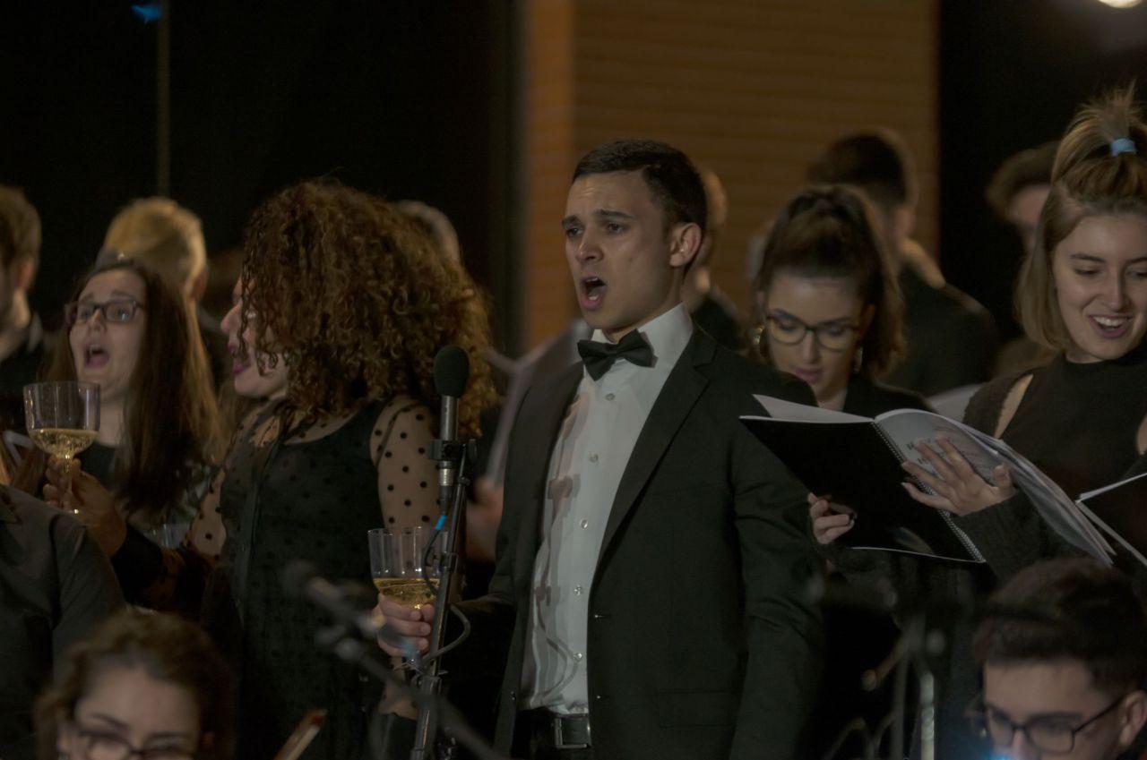 La Orquesta de la UAX ofreció varias actuaciones a lo largo de la noche.