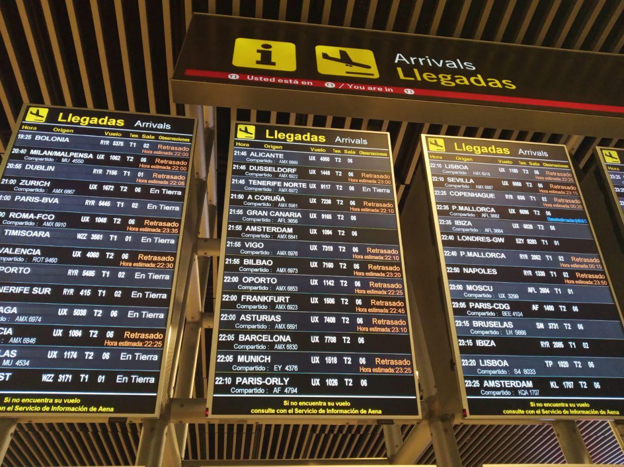 El incidente del avión ha provocado retraso en los vuelos.
