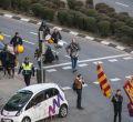 Miembros de extrema derecha desfilan al Cementerio de La Almudena
