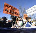 Protesta de Sanitarios Necesarios frente al Hospital Isabel Zendal