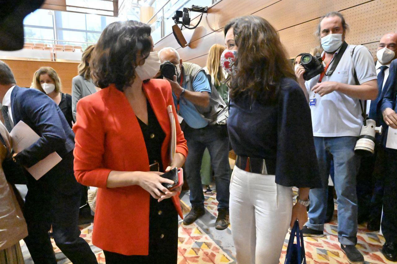 Isabel Díaz Ayuso con Presidenta de la Asamblea de Madrid, María Eugenia Carballedo (PP)