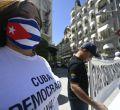 Los cubanos en Madrid protestan ante la situación que vive su país