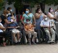 Concentración contra el cierre del Centro de Salud de Villaamil
