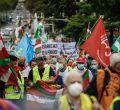 Centenares de personas recorren Madrid en defensa de un sistema público de pensiones