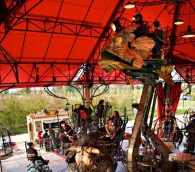 Teatro, música, exposiciones o espectáculos de calle son algunas de las actividades que ha presentado el Ayuntamiento para celebrar la Navidad en Madrid.