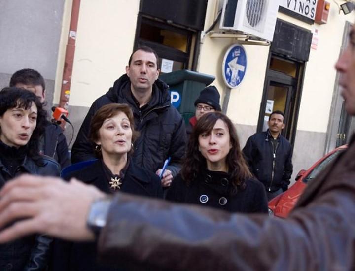 El portavoz del Grupo Municipal socialista en el Ayuntamiento de Madrid, David Lucas, asistió este domingo a un acto en homenaje al ex alcalde Enrique Tierno Galván con motivo del 91 aniversario de su nacimiento.
