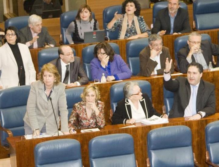 Bronca en la Asamblea.