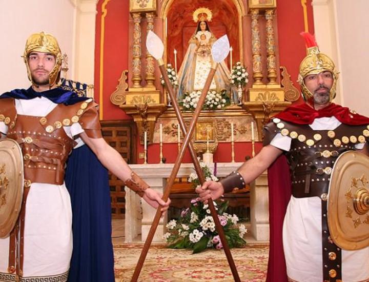 Más de 300 vecinos de Chinchón recrearán el Sábado Santo la Jerusalén del año cero con la interpretación de 'La Pasión de Cristo', una celebración catalogada como Fiesta de Interés Turístico Nacional.