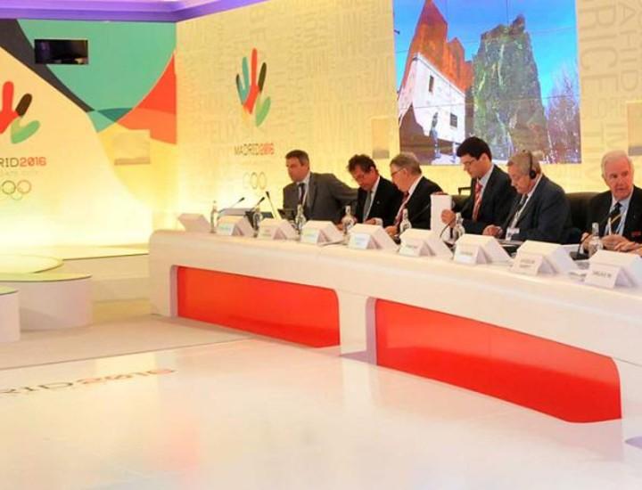 Tras tres intensos días en Madrid, los miembros del comité de evaluación del COI, que además venían de la visita de Río de Janeiro, han tenido otro duro día de ponencias, que además han sido bastante técnicas.