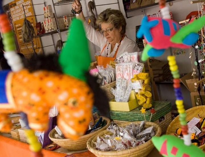 Con motivo de la celebración este sábado del Día Mundial del Comercio Justo la ONG Setem ha organizado una serie de actos lúdicos en Madrid para conmemorar esta efeméride, financiados por la Agencia Española de Cooperación Internacional al Desarrollo (AECID) y el Ayuntamiento de la capital.