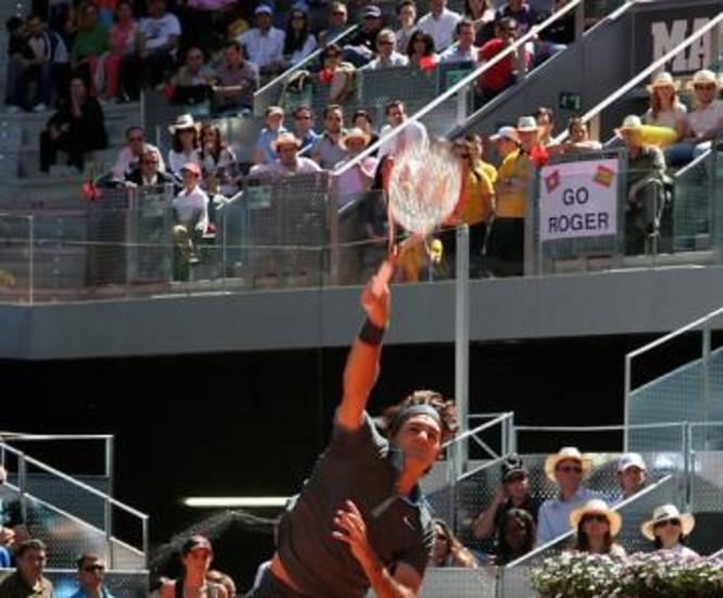 La final soñada se convirtió en el final del purgatorio para el suizo Roger Federer, quien con una victoria por 6-4 y 6-4 sobre el español Rafael Nadal en la lucha por el título del Mutua Madrileña Madrid Open abrió sus esperanzas para intentar el único Grand Slam que le falta, Roland Garros. Federer se impuso a Nadal en una hora y 25 minutos sin ceder una sola vez su servicio.