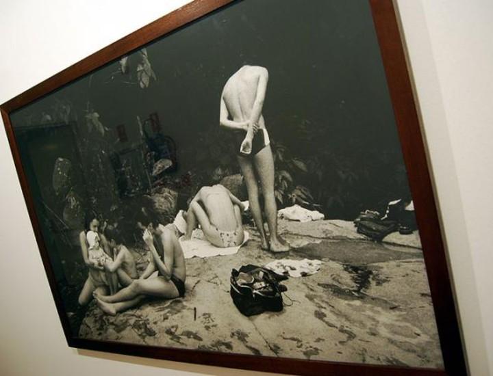 Mauro Restiffe expone su obra fotográfica en la casa de América. La obra se centra en las grandes ciudades del mundo.
