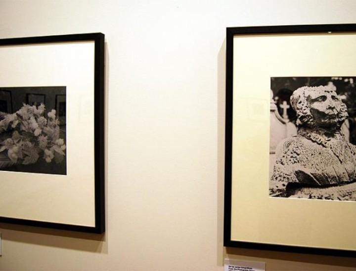 El Círculo de Bellas (CBA) se apunta al arte fotográfico que envuelve a Madrid con la celebración de PHotoEspaña. Tres fotógrafos de renombre: el checo Jindřich Štyrský con la muestra 'En las agujas de estos días', el francés Patrick Faigenbaum con 'Fotografías 1974-2008' y el chino Zhao Liang con 'Escena Urbana' confluyen en las salas de este centro.