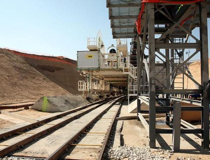 La tuneladora de la línea de tren entre Navalcarnero y Móstoles que construye la Comunidad comenzó a trabajar este lunes.