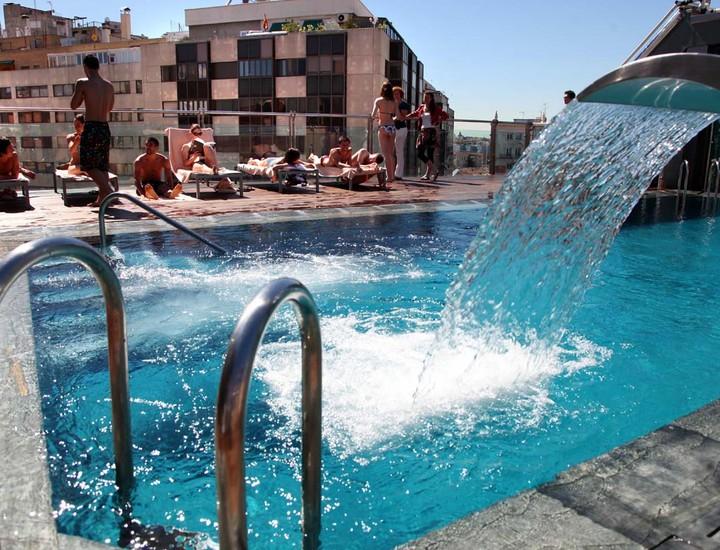 Galer a madridiario un recorrido por las mejores for Las mejores piscinas municipales de madrid
