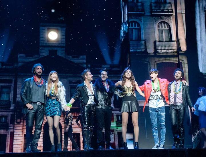 Cinco años después de su despedida, el musical 'Hoy no me puedo levantar' vuelve al teatro Coliseum de Madrid el 12 de septiembre. Con la música del grupo pop español, Mecano, este musical se ha consagrado como el de mayor éxito de la historia de España, que ha sido visto por más de 2.500.000 personas.