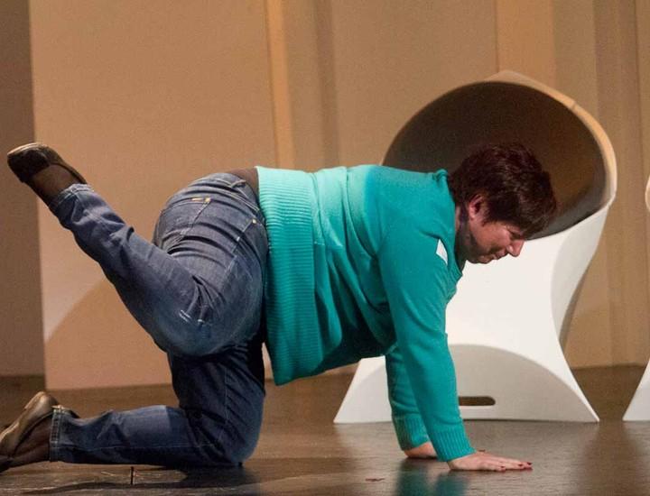 El 7 de noviembre el célebre mentalista Jorge Astyaro estrena su nuevo espectáculo 'Los Hipnonautas' en  el Teatro Sanpol. Tras el reciente éxito de 'Alucina' en el Teatro Alfil, el hipnotizador regresa a la cartelera con una inédita técnica de hipnosis a la carta.