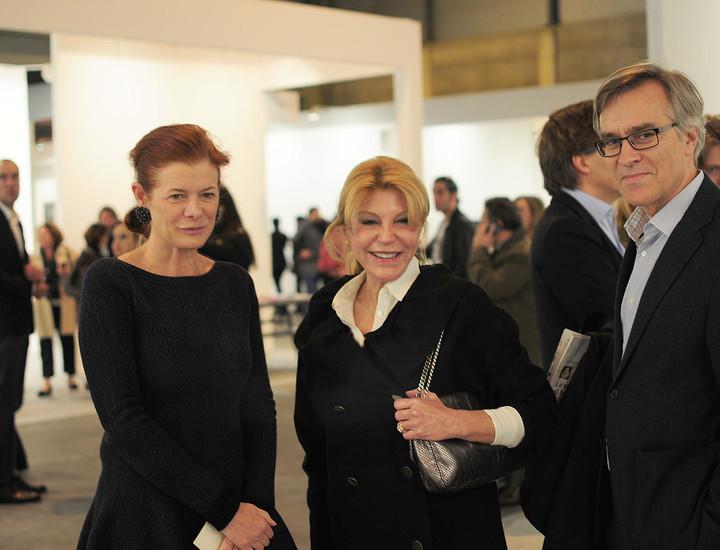 elena ochoa de yvory press con tita cervera y luis solana director del museo thyssen