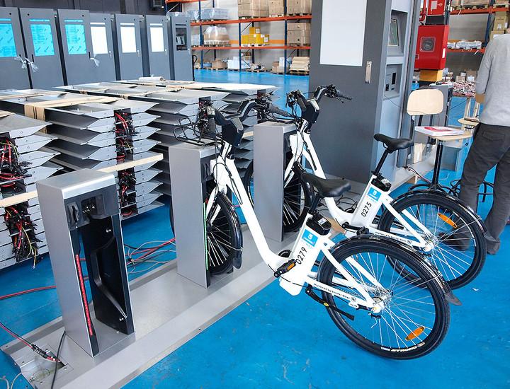 Galer a madridiario llega la bicicleta p blica - Anclaje para bicicletas ...