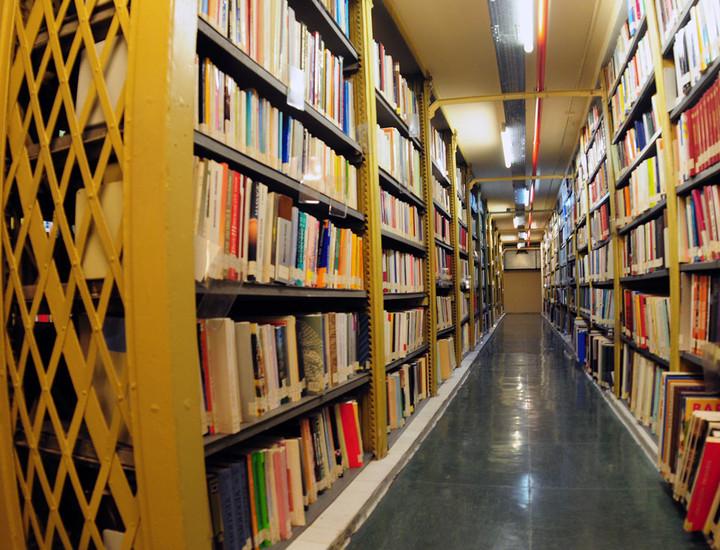 Estanterias Metalicas Jaen.Galeria Madridiario Un Edificio Para Dos Instituciones