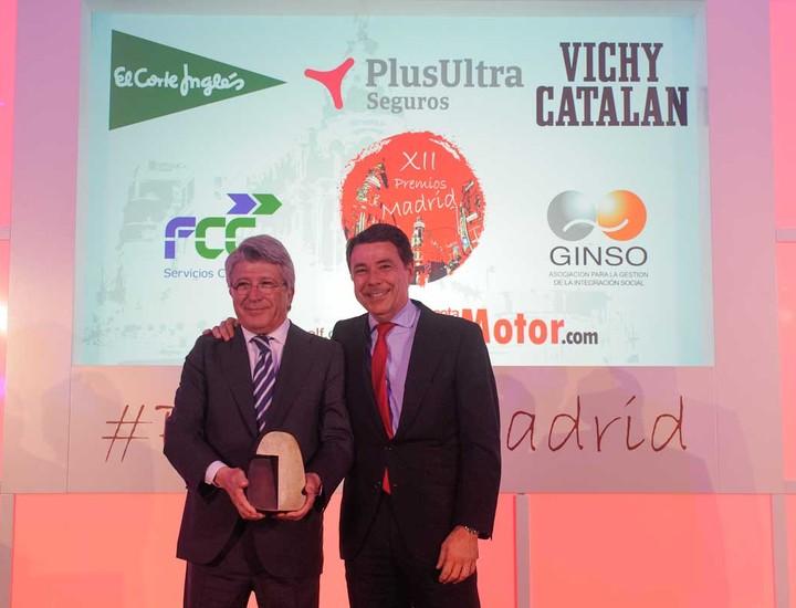 Ignacio González, presidente de la Comunidad de Madrid, y Enrique Cerezo, presidente del Atlético.