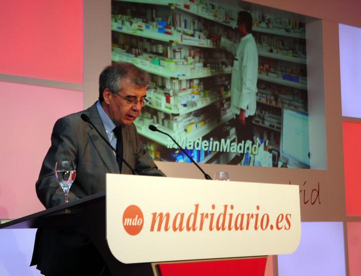 El director de Madridiario, Pedro Montoliú, presentó el libro 'Made in Madrid'.