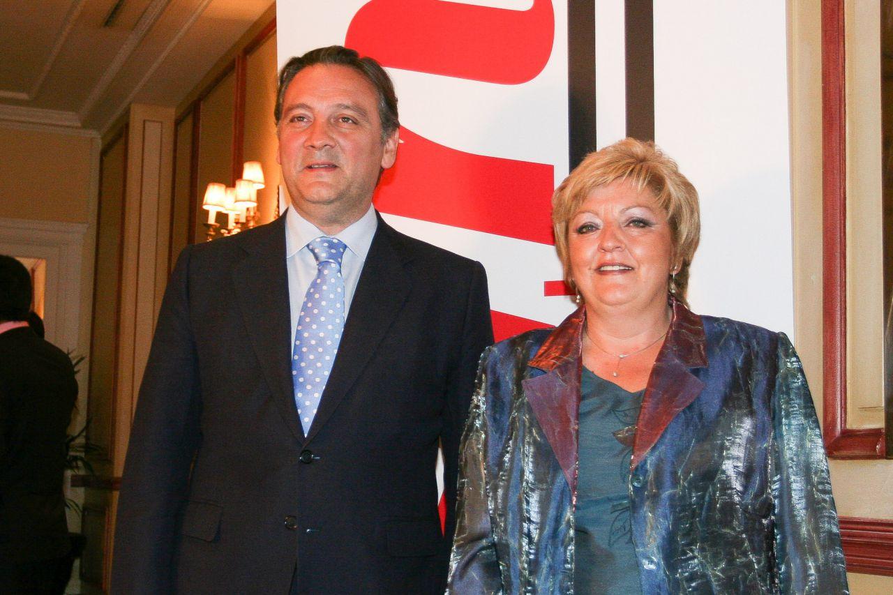 Alfredo Prada junto a Carmen Balfagón.