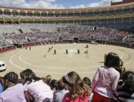 La Policía se exhibe ante 7.500 niños y mayores en Las Ventas