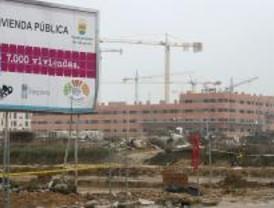 El Ayuntamiento de Alcorcón asegura que ningún adjudicatario se quedará sin piso público