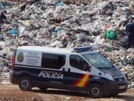 Hallan en un vertedero el cadáver del niño arrojado a un contenedor de basura en Valencia