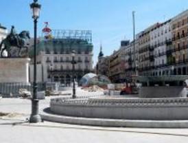 El Ayuntamiento cambiará las farolas de la Puerta del Sol en noviembre