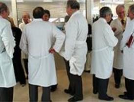 Los médicos desconvocan la huelga tras alcanzar un acuerdo en la Mesa Sectorial