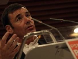 Gómez promete un banco público para financiar a emprendedores y a gente con ideas