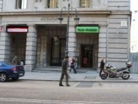 Blesa presenta la reforma de los estatutos de Caja Madrid reformados parcialmente