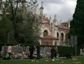 Los cementerios, llenos en Todos los Santos