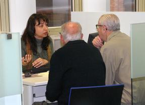 10 centros municipales ayudan a los madrileños con la declaración de la renta