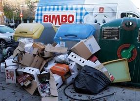 La basura se acumula en el cuarto día de huelga de Pinto